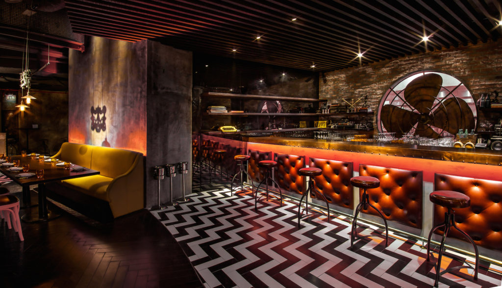 Catchy NYC, Restaurant, Interior Design, Dubai, Lighting, Industrial Design, Bar