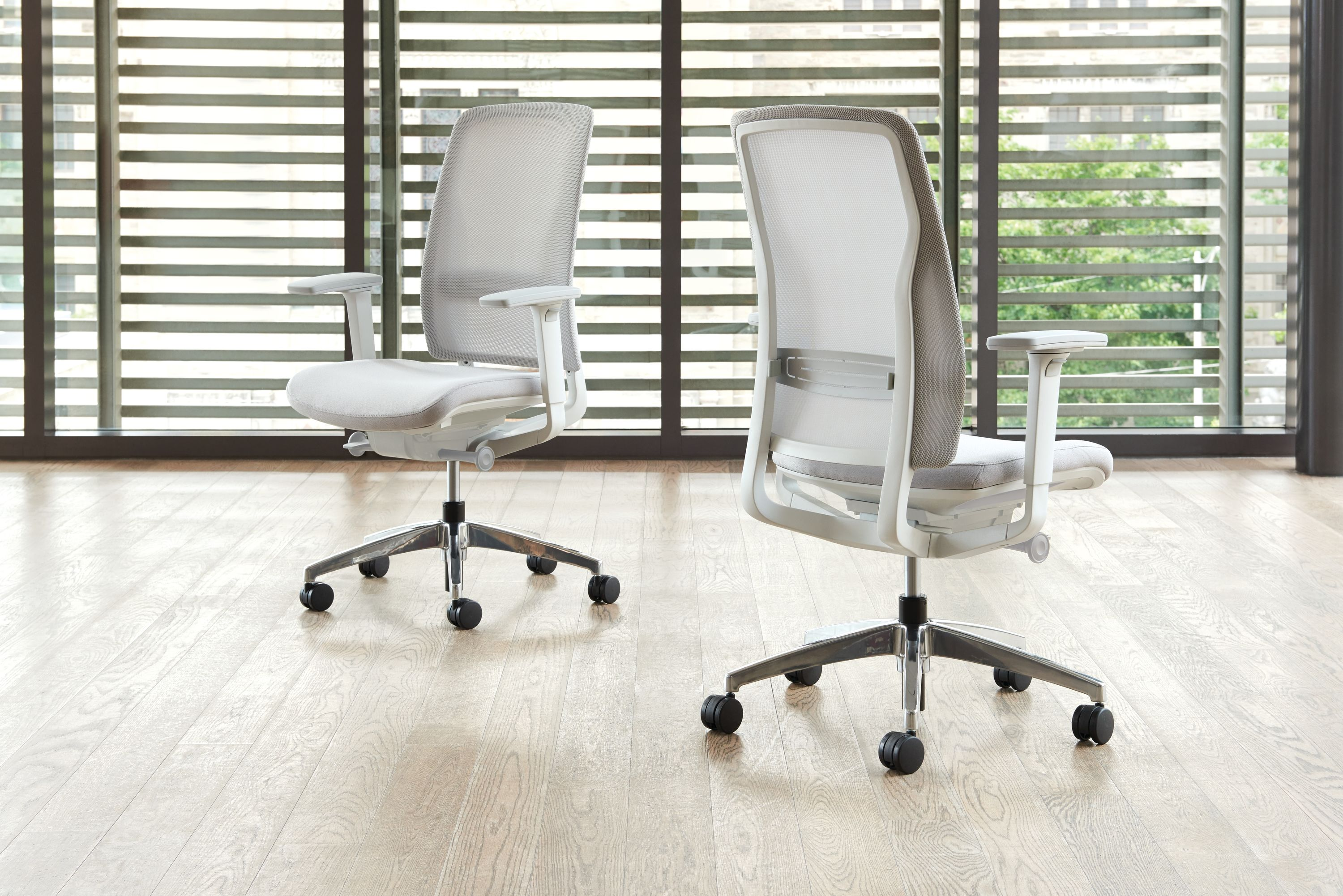 Teknion - Around Chair Mesh