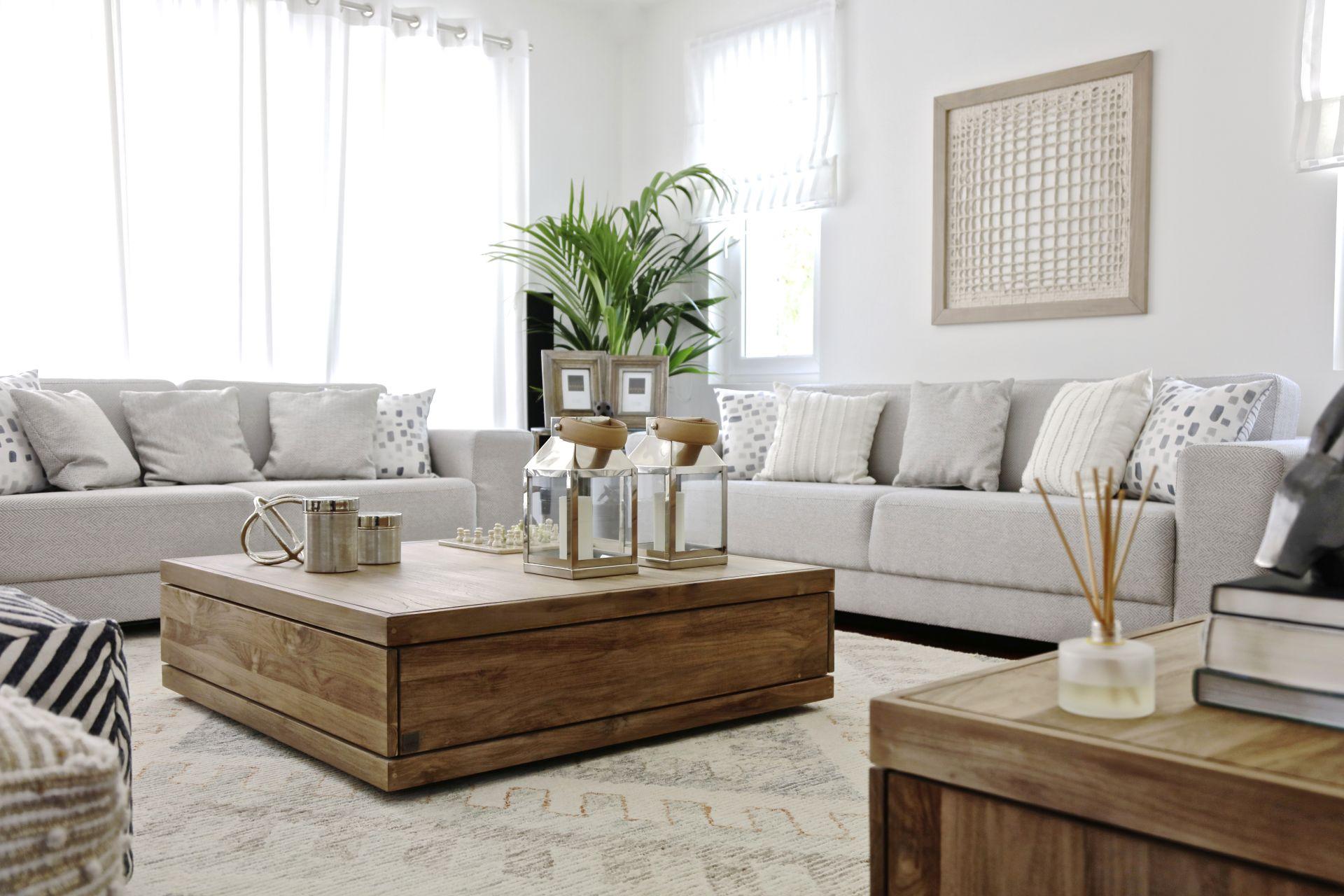 Villa Designs: Private Residence, Arabian Ranches - Love That Design