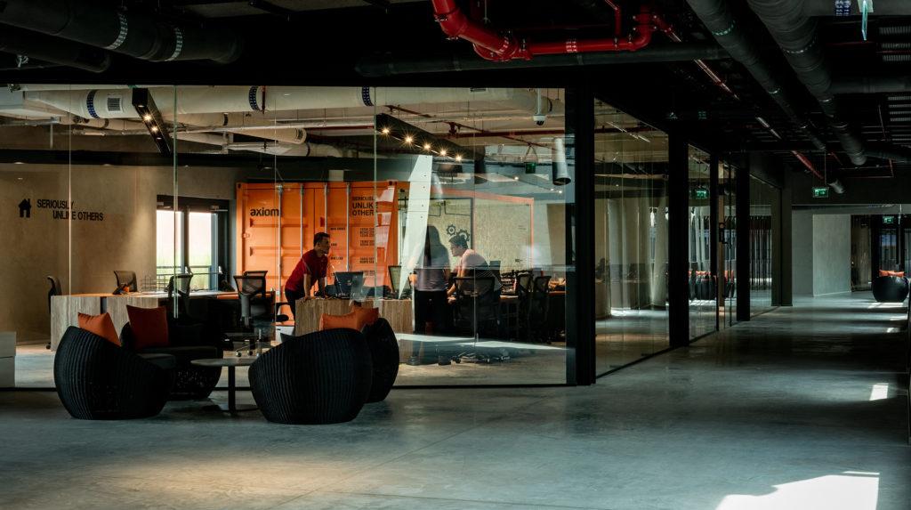 Technology Designs: Axiom Headquarters, Dubai Silicon Oasis