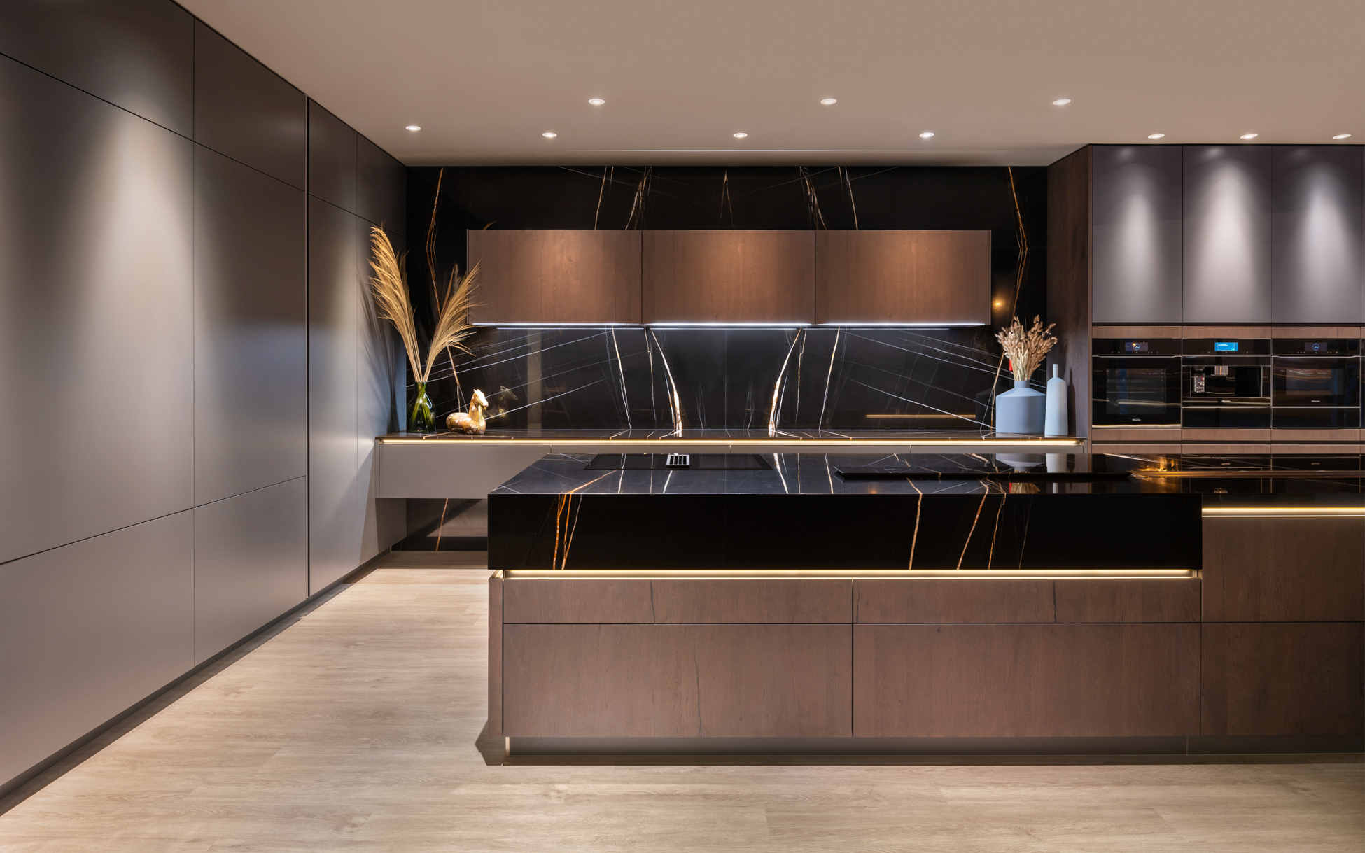 Retail Store/Shop Designs: Hacker Kitchens Flagship Showroom